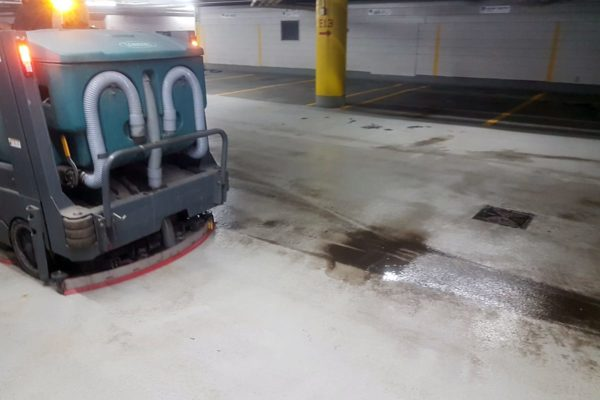 window-butler-ottawa-commercial-garage-cleaning-sweeping-4