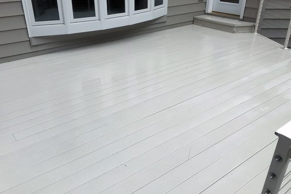 window-butler-ottawa-residential-deck-cleaning-after